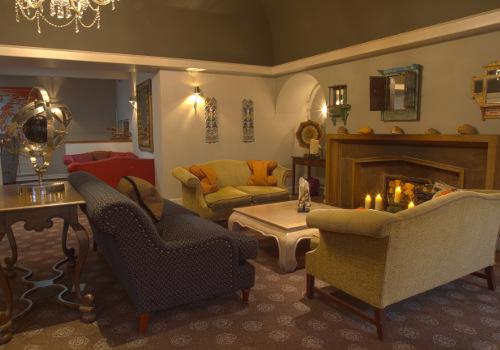 http://www.afternoontea.co.uk/media/141614 /angel_loungevenue.jpg