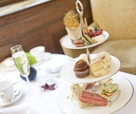 Free Champagne Offer at The Cadogan featured offer thumbnail